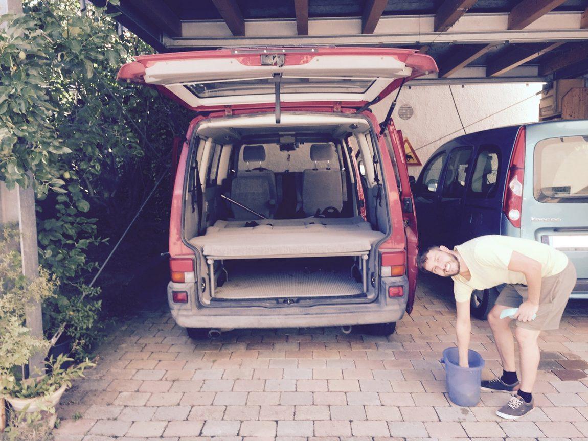 VW Bus Reinigung